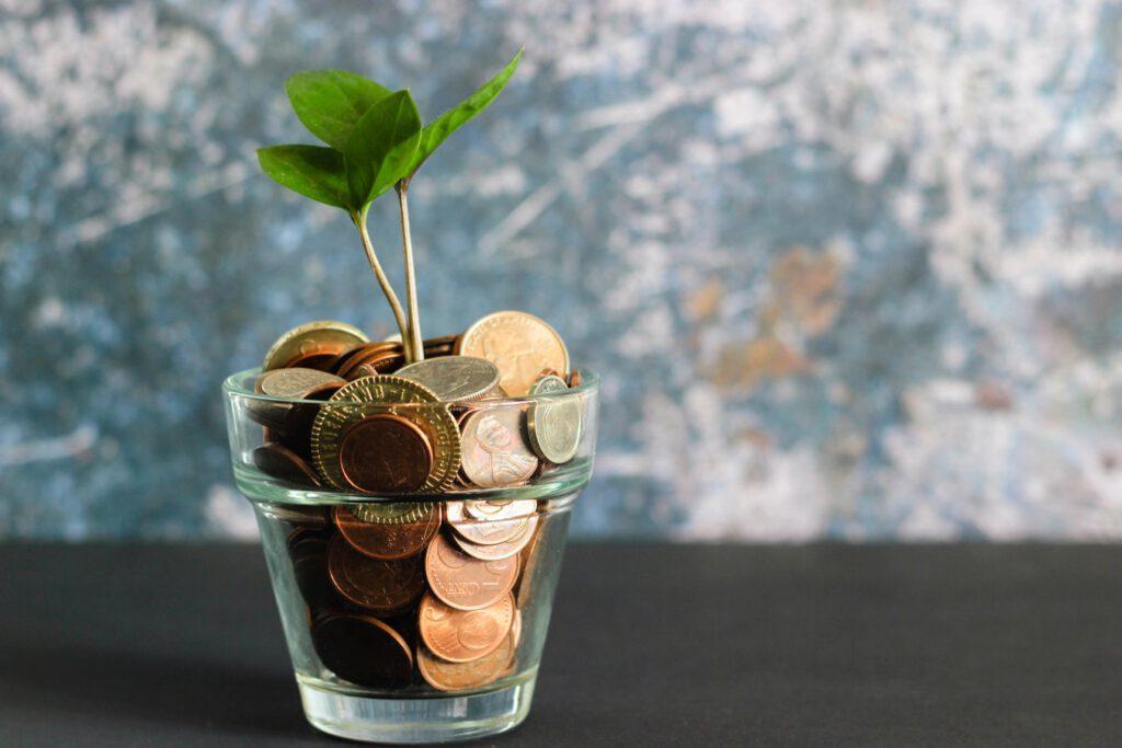 savings for rainy days, photo